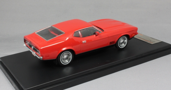 Ford Mustang Mach 1 in Red 1971