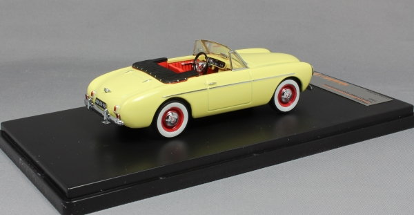 Volvo P1900 Sport Convertible in Yellow 1955