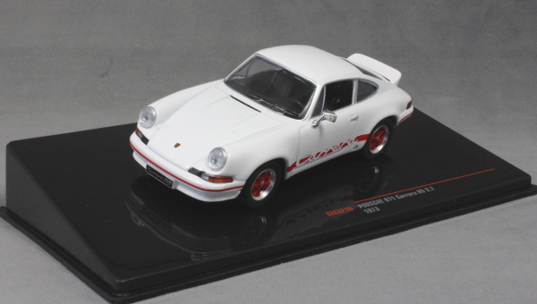 Porsche 911 Carrera RS 2.7 in White with Red stripes 1973