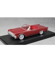 Lincoln Continental 53A Convertible in Dark Red 1961